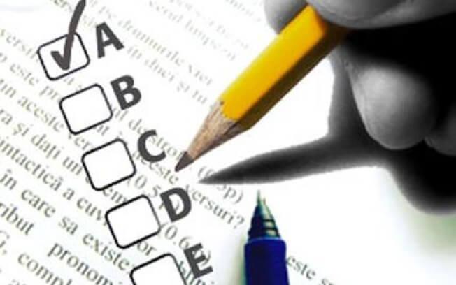 Questão Comentada de Legislação do SUS - Lista de Doenças de Notificação Compulsória e Indicadores de Saúde.